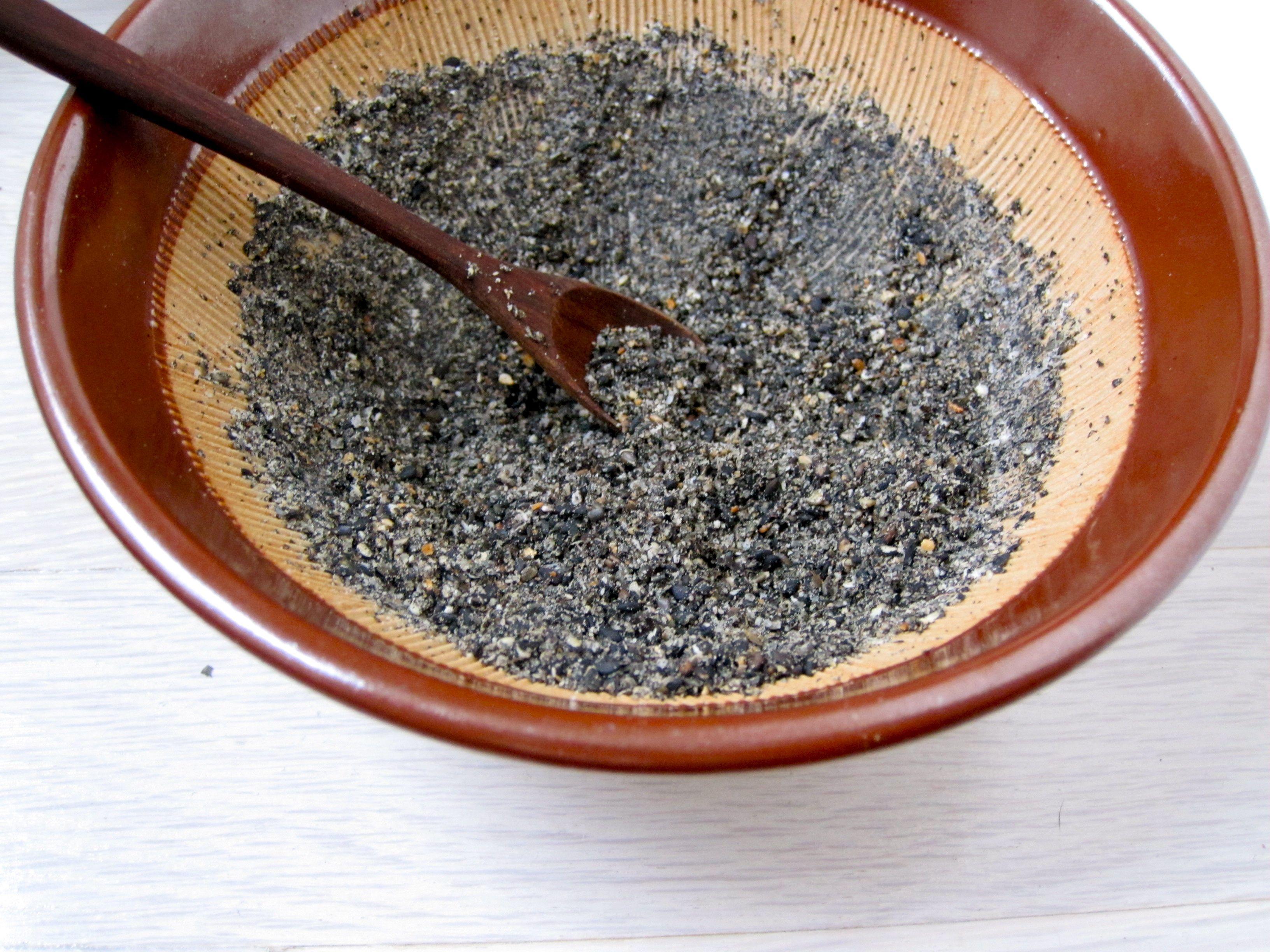 black sesame gomasio