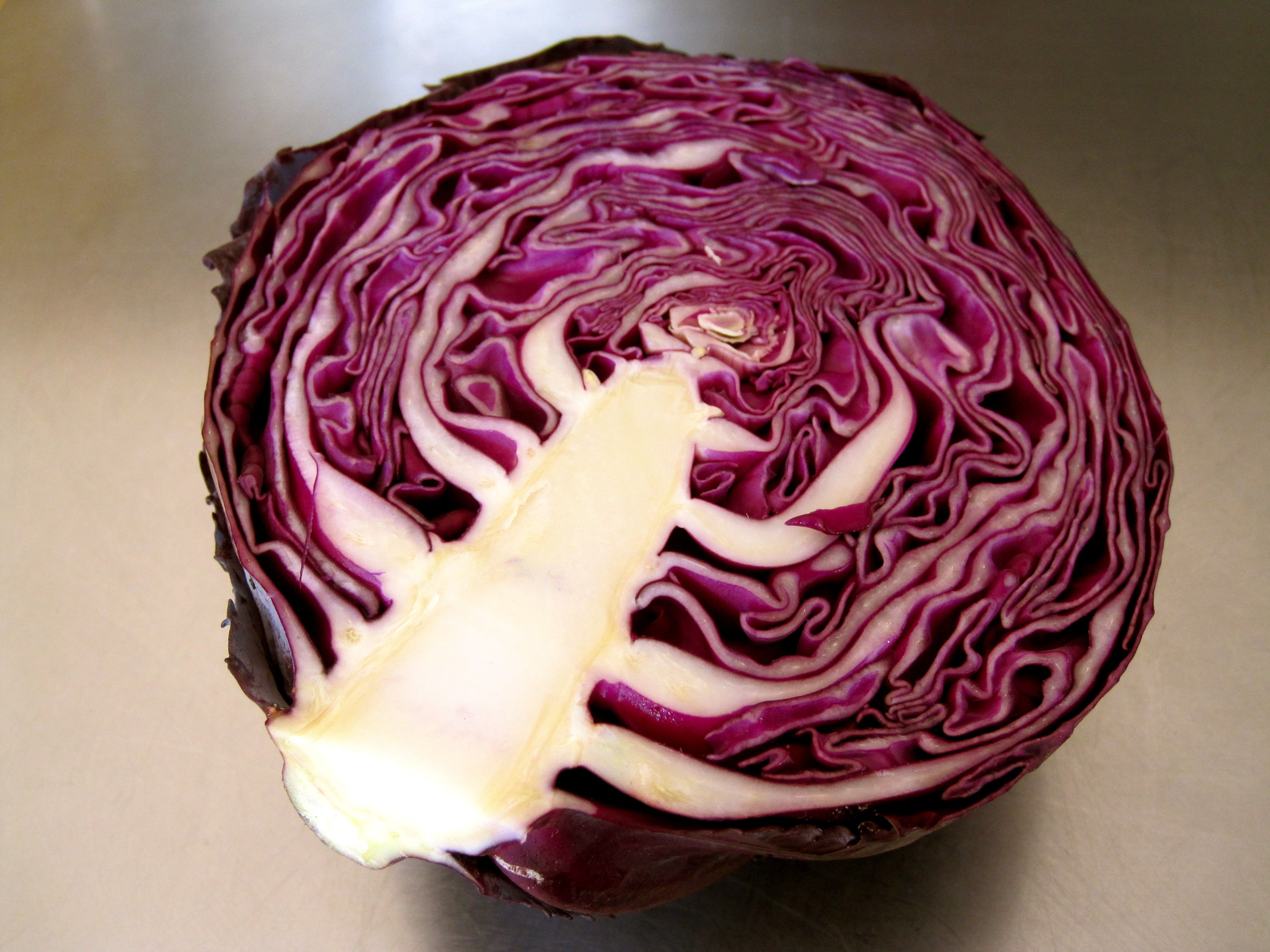 guacamole and pickled red cabbage